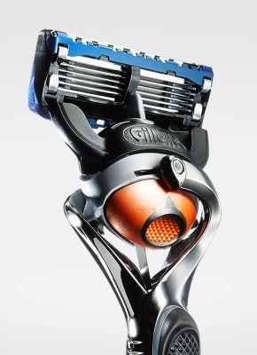 gillette-fusion-proglide-manual-razor-with-flexball-qtr