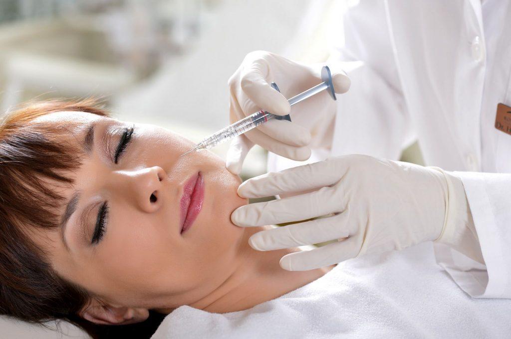 Botox arcfiatalítró kezelés, Royal Clinics