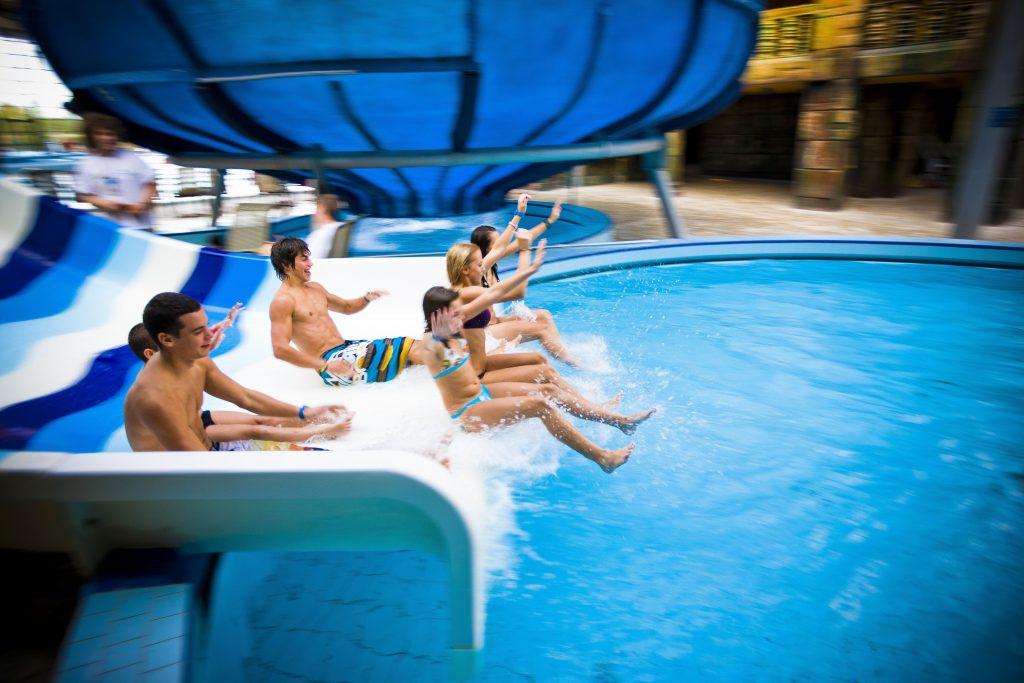 Aquaworld, családi program hétvégére, progragamjánló, rúzs és más