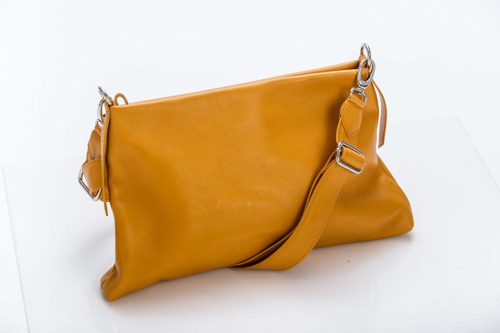 Studio JuliAnnie táskák, rúzs és más