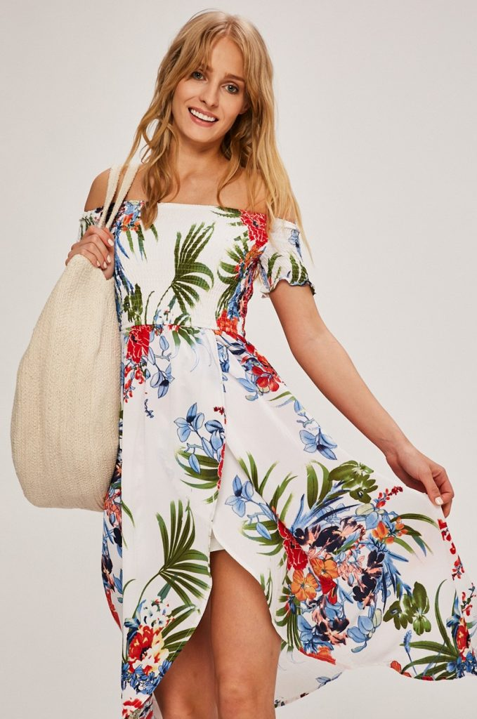 Answear trópusi trend, dzsungel minták, divat, rúzs és más