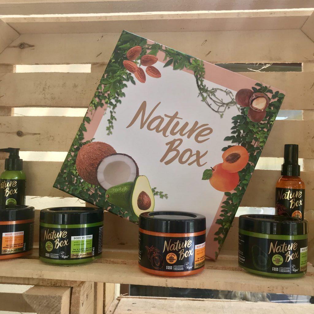 Nature box, hidegen préselt olaj, henkel, rúzs és más