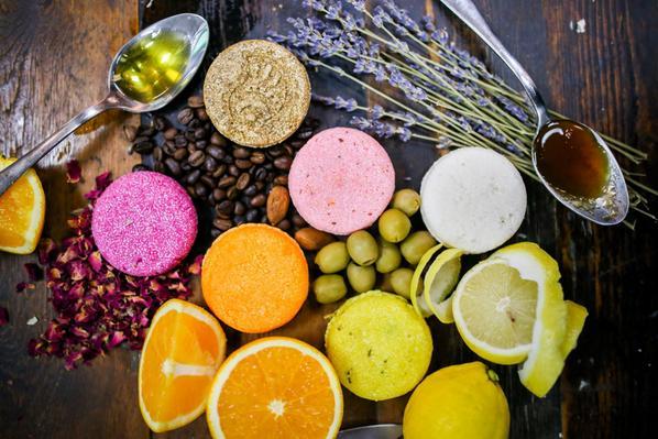 Lush samponkorong, szilárd, öntartósító, környezetvédő, rúzs és más