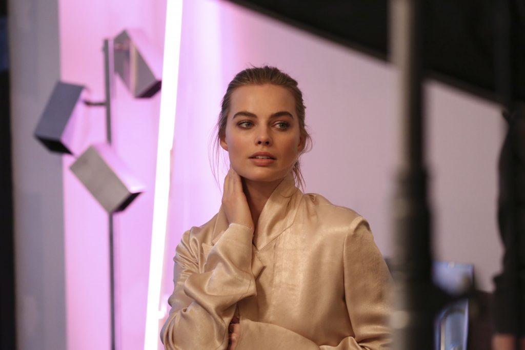 deep euphoria Calvin Klein, Margot Robbie