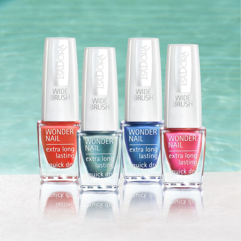 Isadora Pool Party Summer Nails
