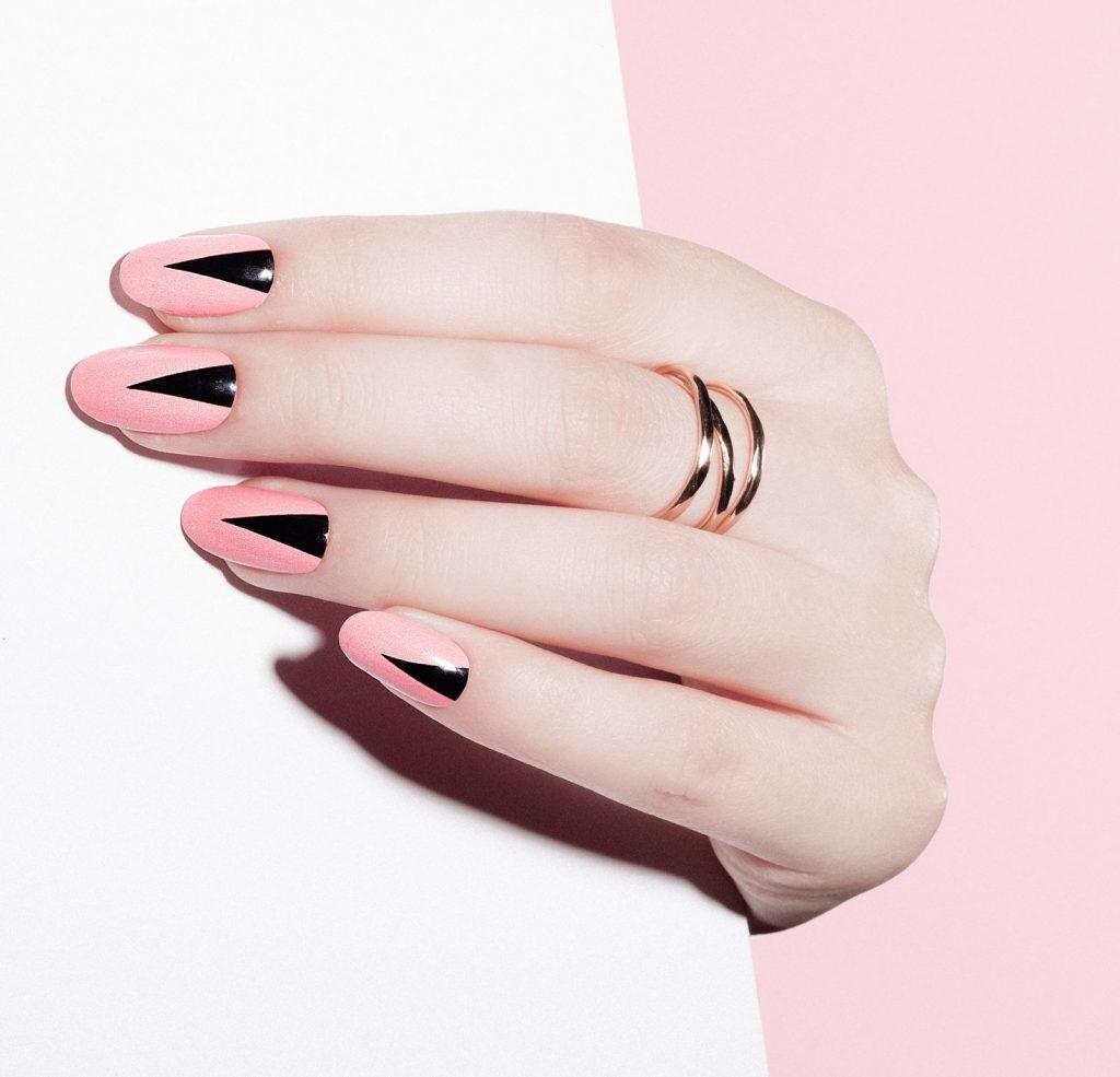 statement manicure