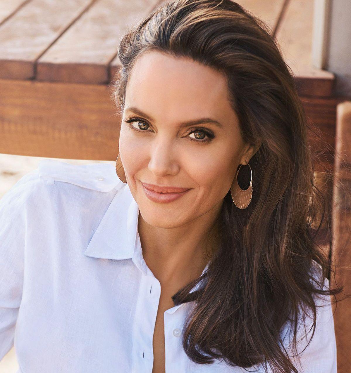 sztárok titkos hajápolási trükkjei, Angellina Jolie
