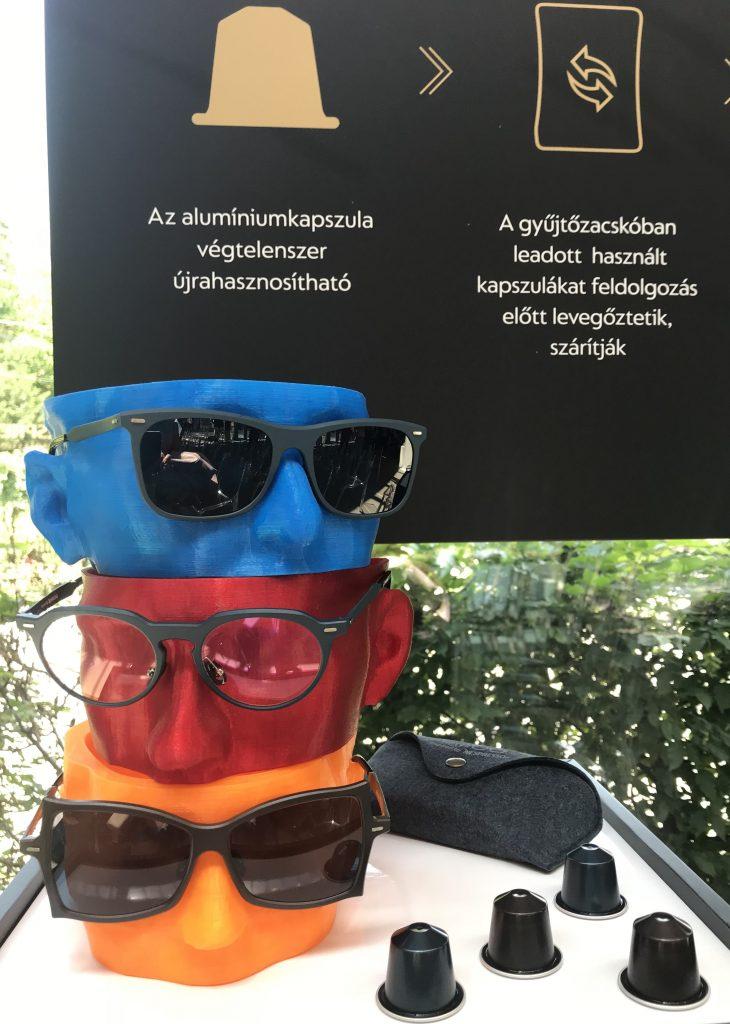 Tipton szemüvegkeret Nespresso kapszulák újrahasznosításával, rúzs és más