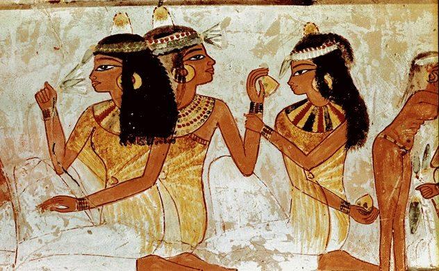 Egyiptom a parfümkészítés bölcsője, rúzs és más, illatakadémia