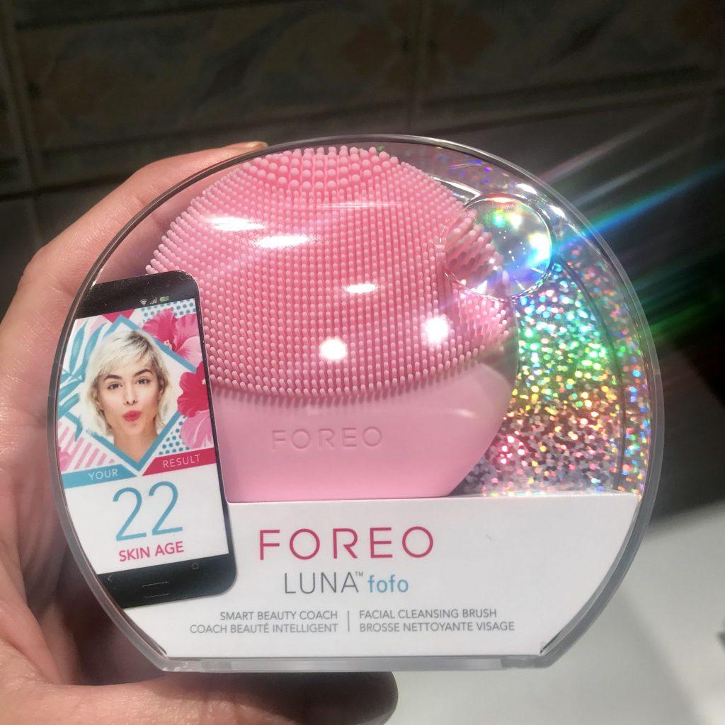 Foreo Fofo, a világ első okos arctisztító készüléke, rúzs és más