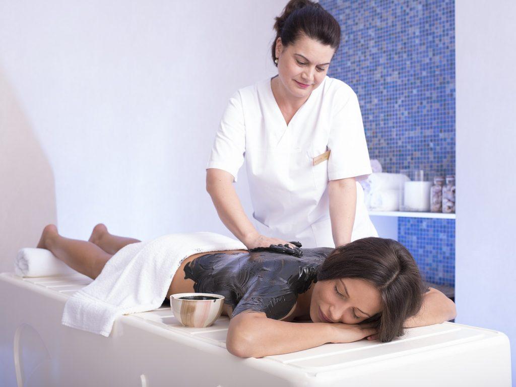 fürdőgyógyászat, kezelés, gyógyvíz, rúzs és más