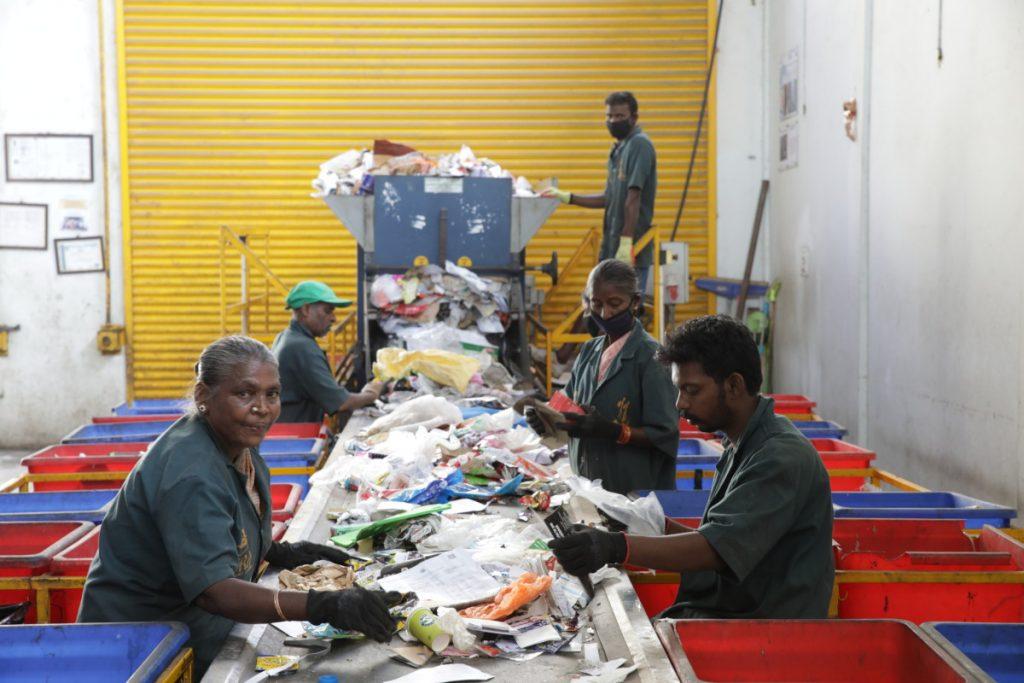 The Body Shop, műanyag, újrafelhasználás, műanyagszennyezés, szemétszedők, társadalmi felelősségvállalás, rúzs és más
