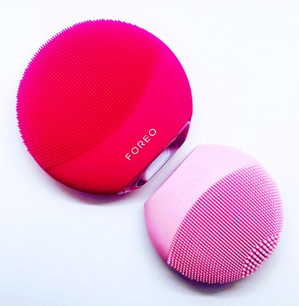 foreo, luna mini 3, okos készülék, arctisztító, arctisztítás, sziliikon, szonikus, rúzs és más