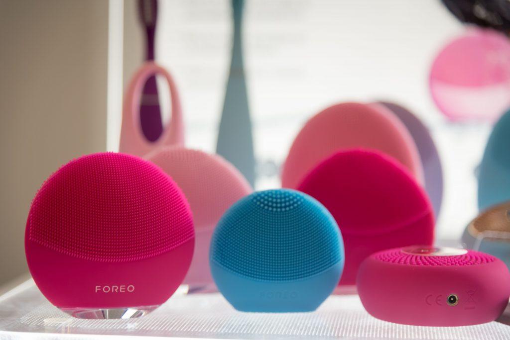 foreo, luna mini3, glow boost. find my luna, arctisztító, készülék, okoskészülék, arctisztítás, rúzs és más