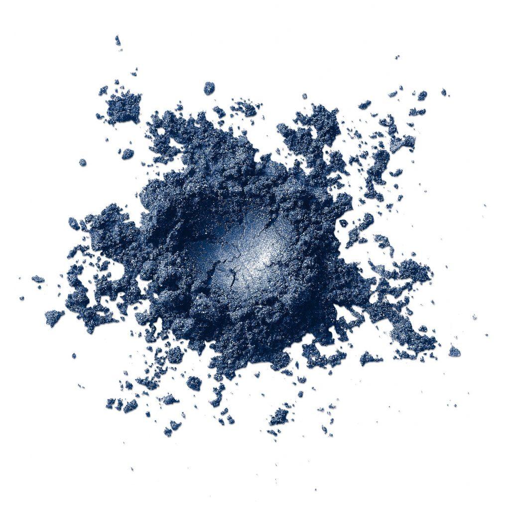 avon, pantone, classic blue, klasszikus kék, kék, smink, év színe, rúzs és más, szemfesték, szemfestés