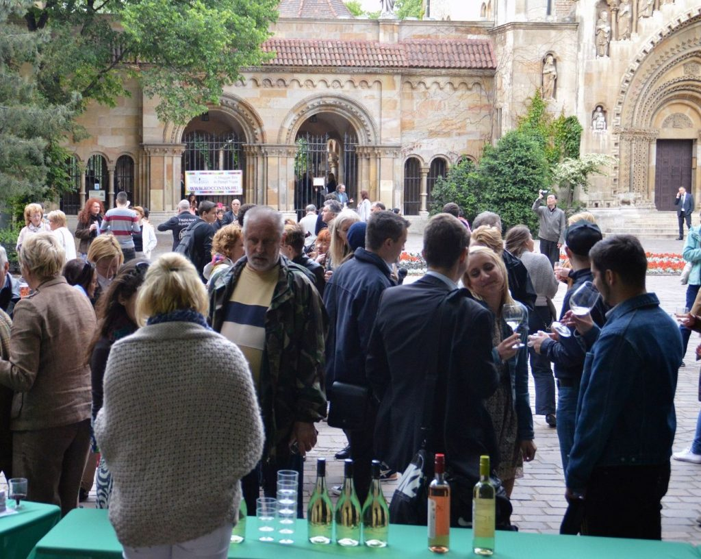 koccintás 2020, bor, rendezvény, program, vadahunyadvára, budapest, magyar borok napja, programajánló, rúzs és más, gasztro