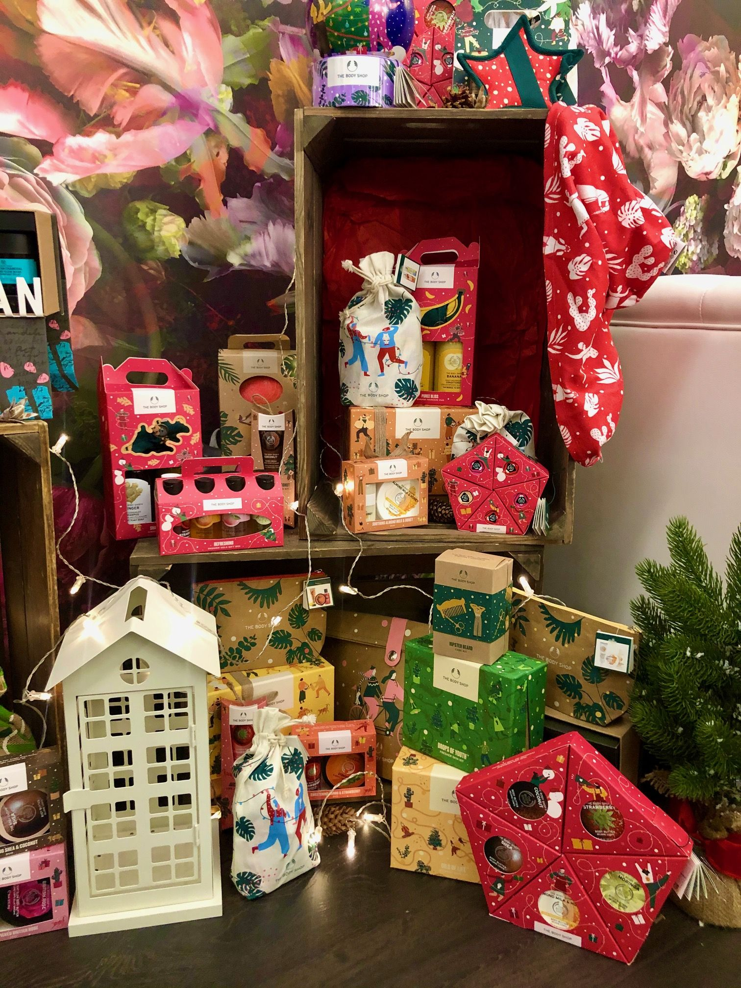 the body shop, tökéletlen karácsony, adventi naptár, advent calendar, rúzs és más, winter jasmine, warm vanilla, ajándék csomag, szett, fair trade, rúzs és más