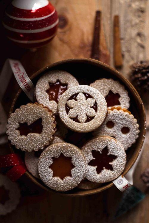 karácsonyi, süti, sütemény, sütés, sütési tipp, profi tipp, sütéshez, cukor, porcukor, piskóta, linzer, rúzs és más