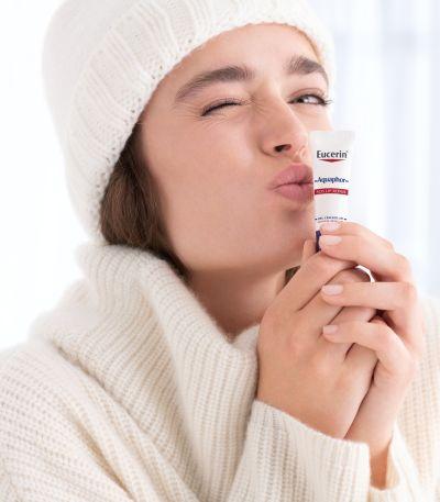 eucerin, aquaphor, száraz bőr, SOS, ajakbalzsam, regeneráló spray, vízmentes, nyugtató, feszülő, viszkető, bőrápolás, rúzs és más